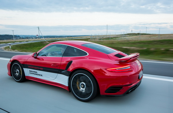 Porsche Driving Experience Минск