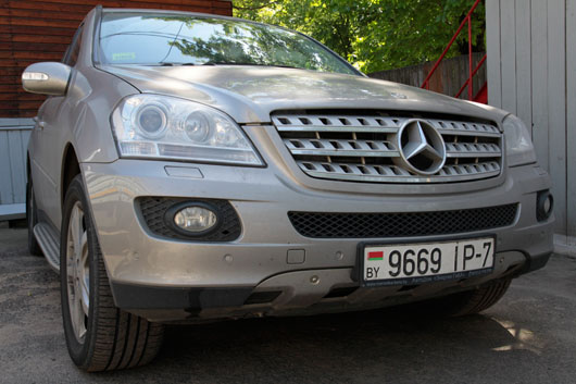 фото авто mercedes-benz ML спереди