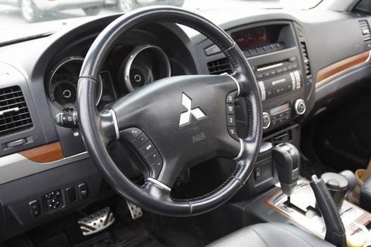������ ���������� Mitsubishi Pajero (�������� �������)